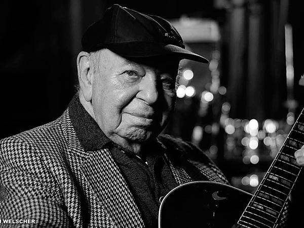 Preminuo džez gitarista Koko Šuman