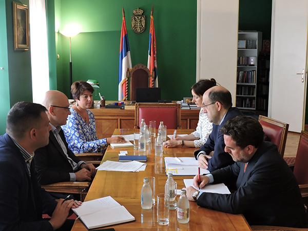 Vukosavljević i ambasador Italije o saradnji u kulturi